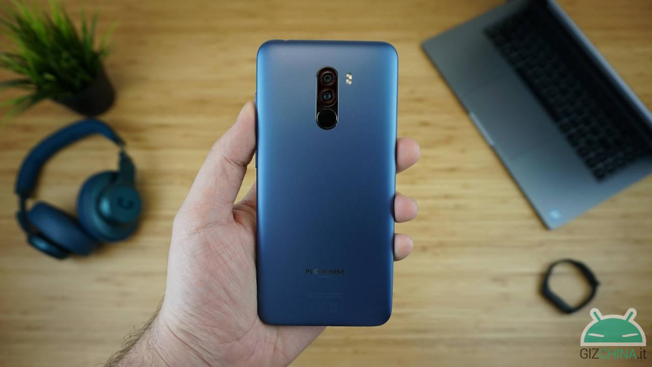 Xiaomi POCOPHONE F1 6/128 GB - Banggood