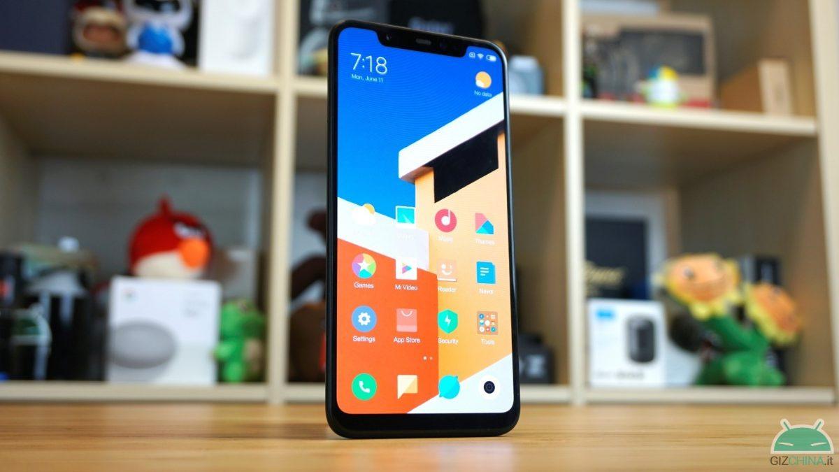 Xiaomi Mi 8 - 6/128 GB