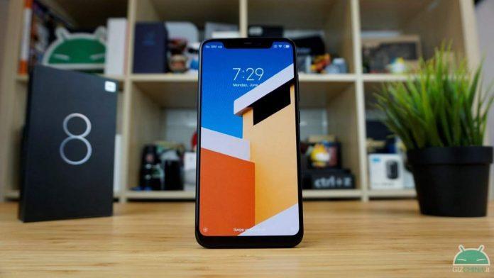 Xiaomi Mi 8-tjänsteman i Italien: här är försäljningspriset