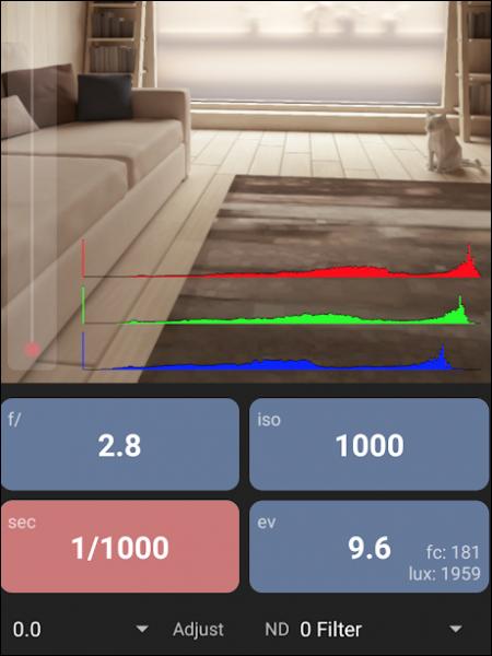 App visar bild och inställningar i stora läsbara rutor.